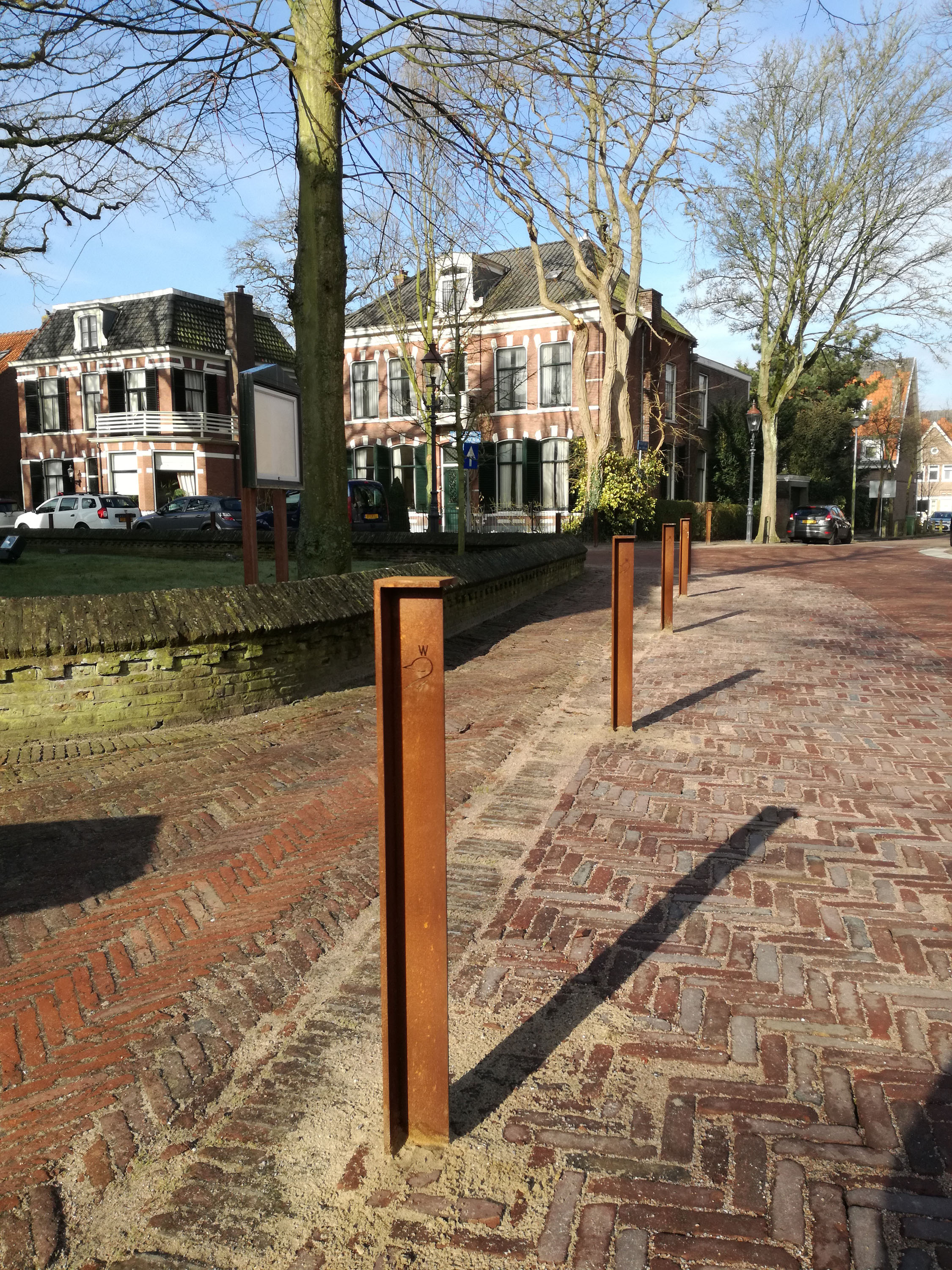 anti parking pole weathering steel Heemstede Bureau Stoep